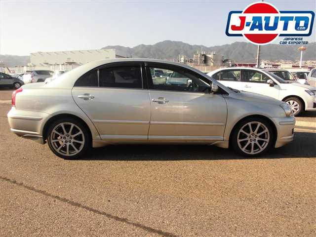 Toyota Avensis, 2005 г. 2.0 фото 6