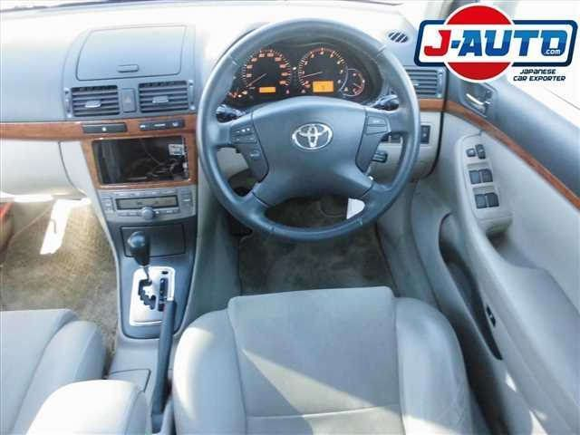 Toyota Avensis, 2005 г. 2.0 фото 9