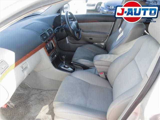 Toyota Avensis, 2005 г. 2.0 фото 10