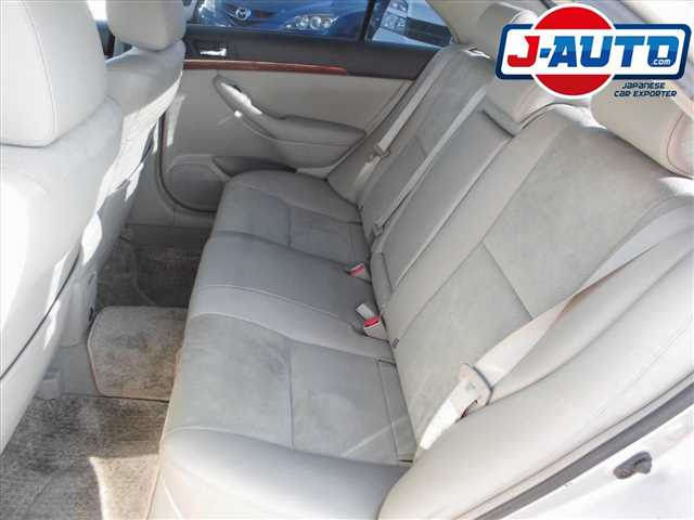 Toyota Avensis, 2005 г. 2.0 фото 11