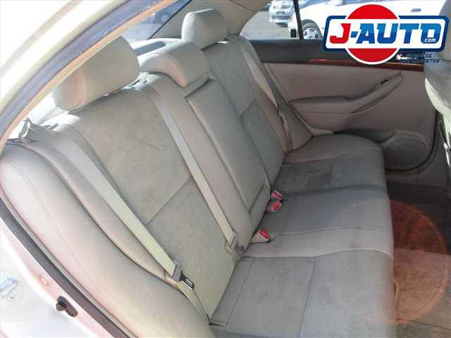 Toyota Avensis, 2005 г. 2.0 фото 12