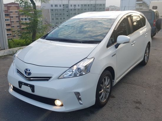 Toyota Prius A 14г 1800 фото 1