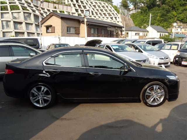 Honda Accord, 2010 г. 2.4 (бензин) фото 4