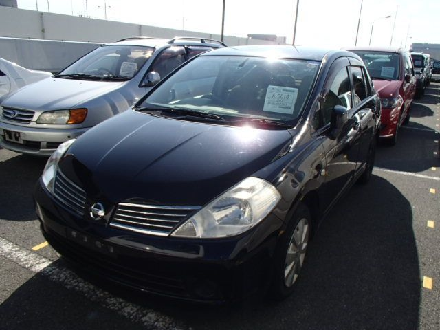 Nissan Tiida Latio, 2010 г 1.5 (бензин) фото 1