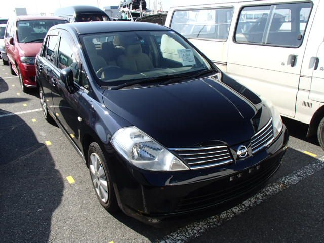 Nissan Tiida Latio, 2010 г 1.5 (бензин) фото 2