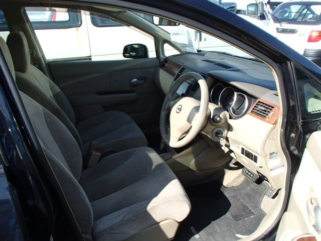 Nissan Tiida Latio, 2010 г 1.5 (бензин) фото 9