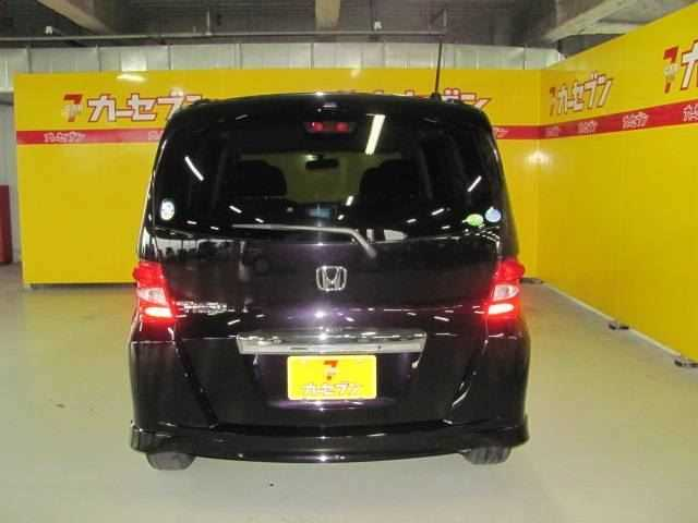 Honda Freed, 2010 г. 1.5 (бензин) фото 7