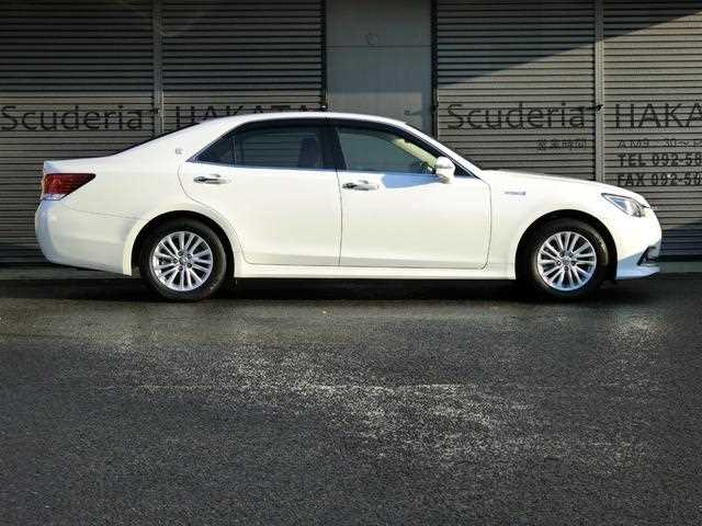 Toyota Crown, 2016 г. 2500 фото 2