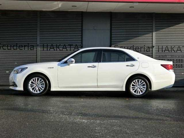 Toyota Crown, 2016 г. 2500 фото 5